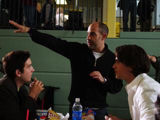 David S. Goyer (Mitte) am Set von Unsichtbar - Zwischen zwei Welten (2007)