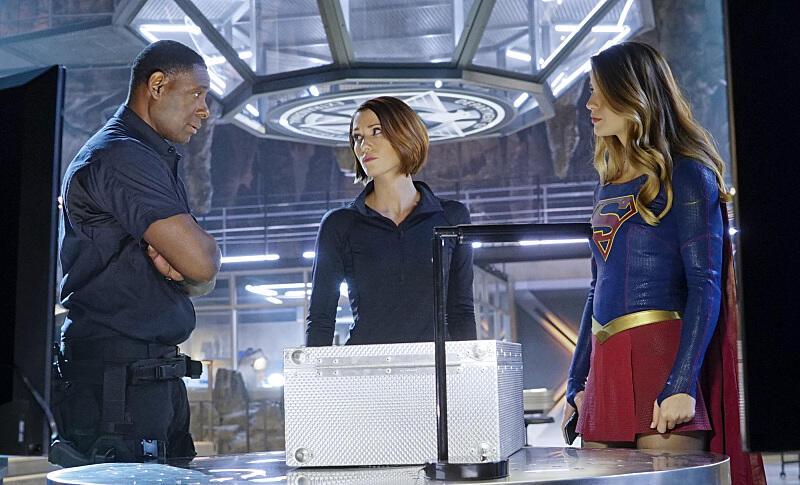 Supergirl, Staffel 1 mit Melissa Benoist und Chyler Leigh