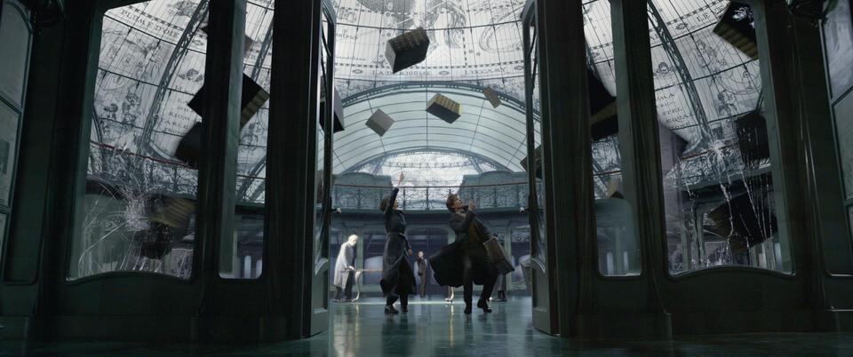 Phantastische Tierwesen: Grindelwalds Verbrechen mit Eddie Redmayne und Katherine Waterston