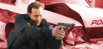 Mike Chandler (Nicolas Cage) in 211: Cops under Fire