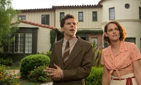 Café Society mit Kristen Stewart und Jesse Eisenberg - Bild 2
