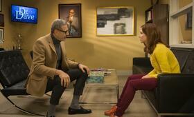 Staffel 2 mit Jeff Goldblum und Ellie Kemper - Bild 115