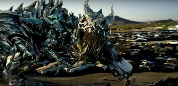 Bild zu:  Roboter-Dino in Transformers 5 - The Last Knight