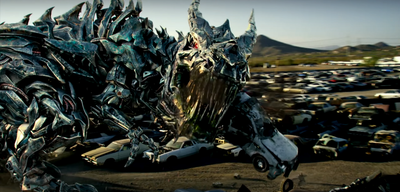 Roboter-Dino in Transformers 5 - The Last Knight