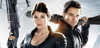 Gemma Arterton und Jeremy Renner in Hänsel & Gretel: Hexenjäger