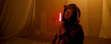 Ella Jay Basco spielt Cassandra Cain