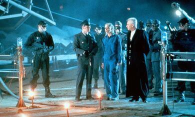 Tank Girl mit Malcolm McDowell und Lori Petty - Bild 1
