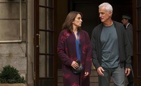 Modern Love, Modern Love - Staffel 1 mit Tina Fey und John Slattery - Bild 2