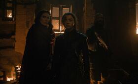 Game of Thrones - Staffel 8, Game of Thrones - Staffel 8 Episode 3 mit Maisie Williams, Carice van Houten und Rory McCann - Bild 1