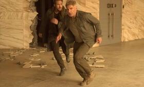 Blade Runner 2049 mit Ryan Gosling und Harrison Ford - Bild 15
