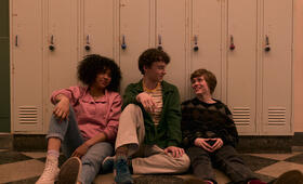 I Am Not Okay With This, I Am Not Okay With This - Staffel 1 mit Sophia Lillis, Wyatt Oleff und Sofia Bryant - Bild 8