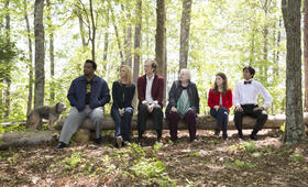 Table 19 mit Anna Kendrick, Lisa Kudrow, Craig Robinson, Stephen Merchant, Tony Revolori und June Squibb - Bild 12