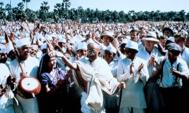 Gandhi mit Ben Kingsley - Bild 9