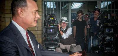 Steven Spielberg am Set von Bridge of Spies