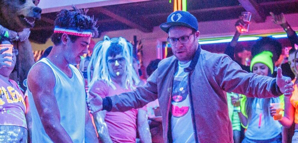 Seth Rogen undZac Efron feiern in Bad Neighbors derbe ab.