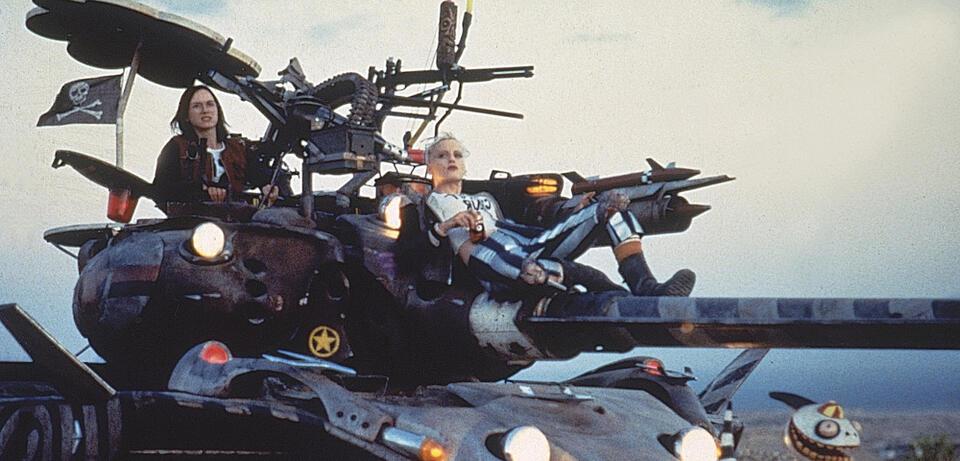 Tank Girl (1995) - Bild 1 von 2