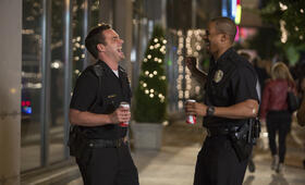 Let's be Cops - Die Party Bullen mit Jake Johnson und Damon Wayans Jr. - Bild 10