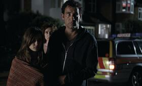 Clive Owen in Intruders - Bild 89