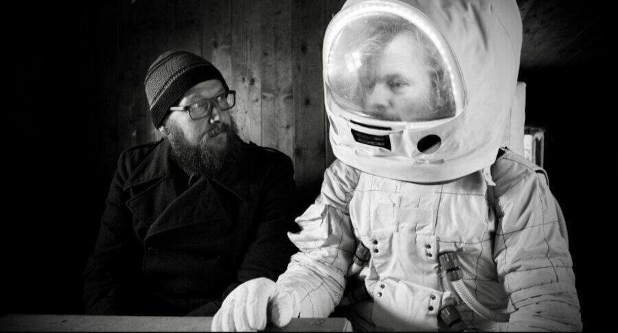 Dreiviertelblut - Weltraumtouristen