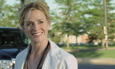 House at the End of the Street mit Elisabeth Shue - Bild 10