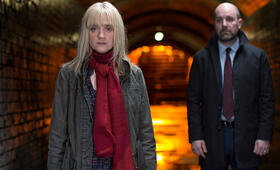 From Darkness, From Darkness Staffel 1 mit Anne-Marie Duff - Bild 1