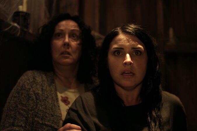 Housebound mit Morgana O'Reilly und Rima Te Wiata