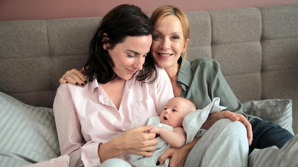Die Freundin meiner Mutter mit Antje Traue und Katja Flint