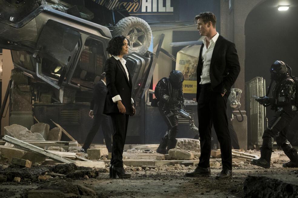 Men in Black: International mit Chris Hemsworth und Tessa Thompson