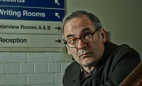 No Offence, Staffel 1 mit Colin Salmon - Bild 2