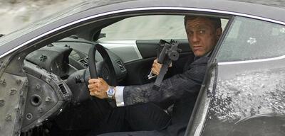 Bond und seine Spielsachen...