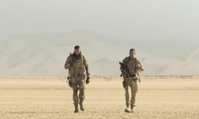 Überleben - Ein Soldat kämpft niemals allein mit Armie Hammer - Bild 6