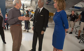 Sully mit Clint Eastwood und Chesley Sullenberger - Bild 90