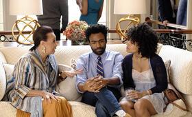 Atlanta Staffel 1, Atlanta mit Donald Glover und Zazie Beetz - Bild 27