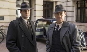 Kommissar Maigret: Die Nacht an der Kreuzung mit Leo Staar - Bild 8