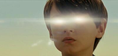 Jaeden Lieberher mit übernatürlichem Durchblick in Midnight Special