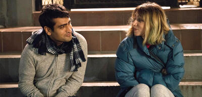 Kumail Nanjiani und Zoe Kazan in The Big Sick