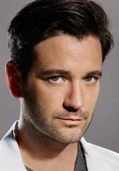 Colin Donnell