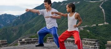 Warten geduldig auf den Drehbeginn: Jackie Chan und Jaden Smith
