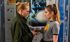 Helen Dorn: Verlorene Mädchen mit Anna Loos und Tara Fischer - Bild 47