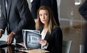 Paranoia - Riskantes Spiel mit Amber Heard - Bild 11