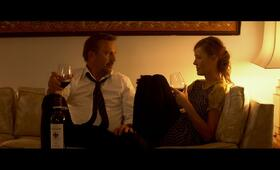 3 Days to Kill mit Kevin Costner und Connie Nielsen - Bild 43