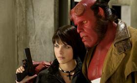 Hellboy II - Die goldene Armee mit Ron Perlman und Selma Blair - Bild 14