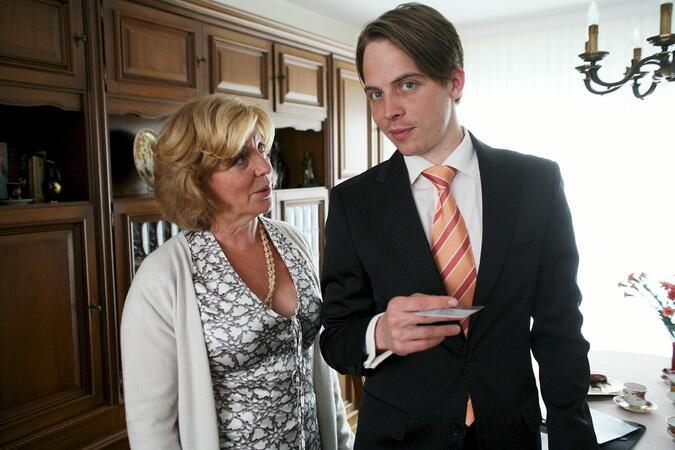 Der Heiratsschwindler und seine Frau | Bild 18 von 40