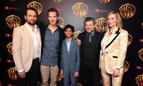 Mogli mit Benedict Cumberbatch, Cate Blanchett, Andy Serkis, Matthew Rhys und Rohan Chand - Bild 144
