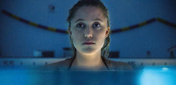 Bild zu:  Maika Monroe in It Follows