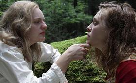 Shirley mit Elisabeth Moss und Odessa Young - Bild 3