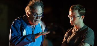 Oliver Stone mitJoseph Gordon-Levitt bei Dreharbeiten zu Snowden