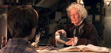 John Hurt als Garrick Ollivander in Harry Potter