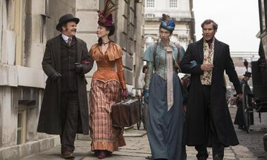 Holmes und Watson mit Will Ferrell, John C. Reilly, Rebecca Hall und Lauren Lapkus - Bild 9