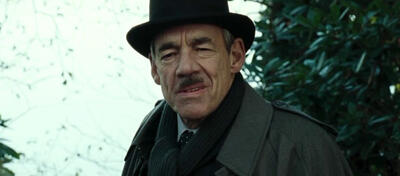 Roger Lloyd-Pack als Barty Crouch